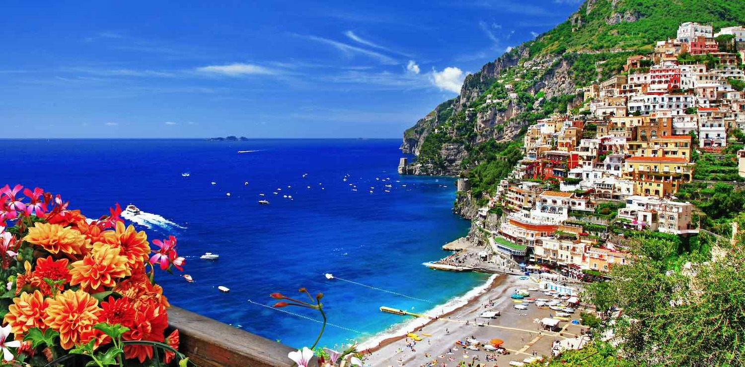 Luxury+Amalfi+Coast+Hotels+with+a+View+-+Banner.jpg